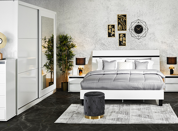 Bedroom set in white and grey
